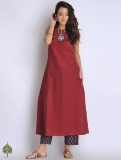 Dark Red Sleeveless Cotton Dress/Kurta by Jaypore Simple Kurta Designs, Kurta Designs Women, Blouse Designs, Red Kurti Design, Casual Indian Fashion, Casual Frocks, Kurti Designs Party Wear, Indian Designer Outfits, Stylish Dresses