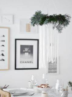 Passion Shake | Christmas series – DIY Dreamy Chandelier | http://passionshake.com