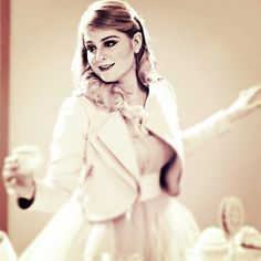 """""""what's your favorite lyrics of #dearfuturehusband ? comment below! mines """"BUY ME A RING"""" @meghan_trainor #meghantrainor"""""""