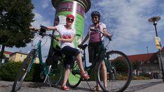 Katie und Kat auf Genussradeltour entlang des Ilmtal-Radwegs.