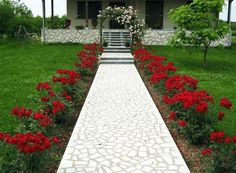 hof ideen Cheap But Amazing Front Yard Lanscaping Design Ideas, Adding different components to your DIY landscape style can create your yard more visually appealing. Since the walkway and fa Front Garden Landscape, Front Yard Landscaping, Landscape Design, Garden Design, Landscaping Ideas, Sidewalk Landscaping, Landscaping Supplies, Amazing Gardens, Beautiful Gardens