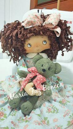 by Maria Faz Boneca