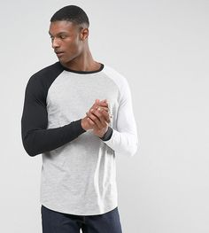Find the best selection of ASOS TALL Longline Long Sleeve Raglan T-Shirt With Contrast Sleeves And Curve Hem. Shop today with free delivery and returns (Ts&Cs apply) with ASOS! California Shirt, Casual Outfits, Men Casual, Burton Menswear, Medium Long, Long A Line, Vintage Shirts, Asos, Crew Neck