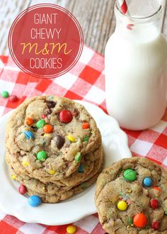 Delicious Giant Chewy M&M Cookies - our new favorite. Easy to make and so yummy! { lilluna.com }