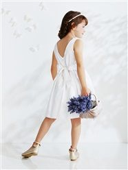 Festliches Mädchenkleid aus Satin