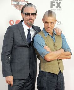 theo rossi and tommy flanagan | Theo Rossi and Tommy FlanaganSons of Anarchy Season 5 premier