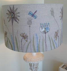 Popular Types of Lampshades Sold in the Market Freehand Machine Embroidery, Free Motion Embroidery, Machine Embroidery Patterns, Free Motion Quilting, Embroidery Applique, Applique Designs, Embroidery Designs, Crochet Seed Stitch, Wool Quilts