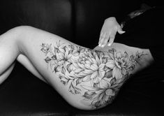 Flower Hip Tattoos, Hip Thigh Tattoos, Side Thigh Tattoos Women, Waist Tattoos, Floral Thigh Tattoos, Hip Tattoos Women, Black Tattoos, Side Body Tattoos, Body Art Tattoos