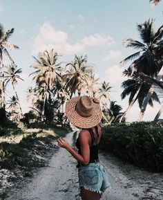- inspiration - # check more at Urlaubs. - – Inspiration – # Check more at Urlaubs. Summer Pictures, Beach Pictures, Punta Cana Pictures, Summer Photography, Photography Poses, Travel Photography, Fashion Photography, Shotting Photo, Beach Poses