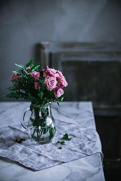 Flores, Rosas de pitimini por Luisa Morón.