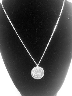 Sterling Silver Round pendant necklace Leaf Pendant, Round Pendant, Simple Necklace, Silver Rounds, How To Feel Beautiful, Sterling Silver Necklaces, White Gold, Pendants, Pendant Necklace