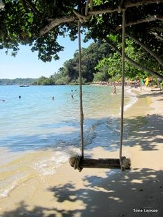 Swing. Koh Chang. Lonely Beach.