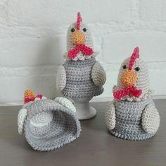 Patroon eierwarmer kipje Kitty Materialen * Haaknaald 2,5mm * Stopnaald * Vulling * 4 soorten kleur katoen * 5mm vei...