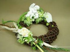 Podobny obraz All Saints Day, Grapevine Wreath, Grape Vines, Diy And Crafts, Wreaths, Vence, Home Decor, Homemade Home Decor, All Saints