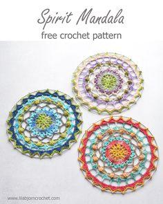 Spirit Mandala: free crochet pattern (LillaBjörn's Crochet World) Crochet Mandala Pattern, Crochet Circles, Crochet Squares, Crochet Patterns Amigurumi, Crochet Stitches, Crochet Dreamcatcher Pattern Free, Crochet World, Crochet Home, Crochet Crafts