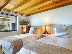 Suikerbossie 82 - Suikerbossie 82 is a rustic seaside home that is located in the heart of Cape Town, in the charming harbour town of Gordon's Bay. The main feature of this vintage style self-catering accommodation is .