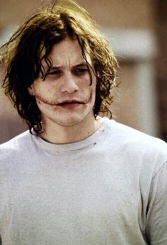 Heath Legder, Heath Ledger Joker, Mars In Cancer, Johny Depp, Joker Wallpapers, Evil People, Lin Manuel Miranda, Best Friend Goals, Attractive People