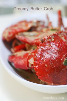 Creamy Butter Crab Recipe - Dungeness crab, butter, evaporated milk, bird's eye chilies, and curry leaves. #seafood #crab