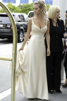 Bloc de Moda: Noticias de moda, fashion y belleza: El vestido de novia de Luisana Lopilato en su boda en Canadá