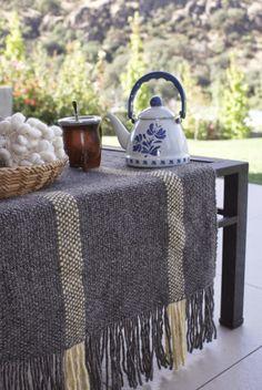 CAMINOS DE MESA Boho Home, Loom Weaving, Soft Furnishings, Home Deco, Home Projects, Crochet, Sweet Home, Textiles, Flooring