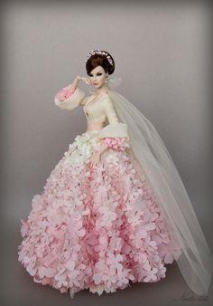 Agnes Love, Life and Lace Barbie Bridal, Barbie Wedding Dress, Barbie Gowns, Barbie Dress, Barbie Clothes, Fashion Royalty Dolls, Fashion Dolls, Pink Doll, Bride Dolls