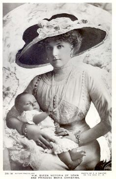 Queen Victoria Eugenie with her second daughter, Infanta Maria Christina of Spain