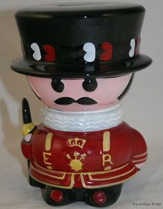 Vintage British Yeomen Warder Beefeater Guard shaped hand painted money box