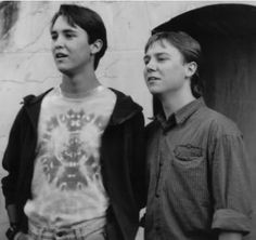 Pictures & Photos of Wil Wheaton and Keith Coogan. In Toy Soldiers 90s Movies, Good Movies, Movie Tv, Photo Book, Picture Photo, Wesley Crusher, Corey Feldman, Wil Wheaton, Toy Soldiers