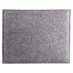 Sitzkissen+Filz+grau+ca.+B:32+x+L:40+cm Sitzkissen+Filz Material:+100%+Polyester Farbe:+pink Maße:+ca.+B:32+x+L:40+cm Pflegehinweise:+Waschbar:+30°+Maschinenwäsche,+Bügeln:+nein,+Reinigung:+nein,+Bleichen:+nein,+Trockner:+neinMit+diesem +Sitzkissen+erreicht+man+eine+besondere+Art+der+Dekoration.+In+der+Farbe+grau+wird+dieses+Kissen+zum+absoluten+Eyecatcher+und+kann+somit+nicht+nur+mit+seinen+praktischen,+sondern+auch+mit+seinen+op... 7,99 €