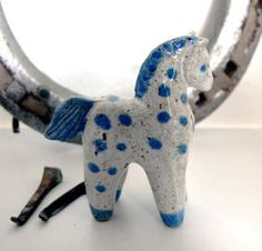 Clay Art Projects, Blue Horse, Clay Figures, Holidays With Kids, Ceramic Design, Diffusers, Pottery Ideas, Polymer Clay, Dinosaur Stuffed Animal