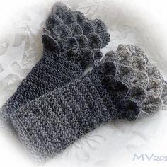 Dragon gloves #dragongloves #crochet #dropsdelight #langat_tuumasta #käsityökeskustuuma #madetoorder #tilaustyö #MianVirkkuut