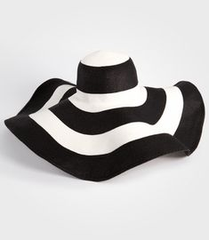 Giant Floppy Saint Tropez Hat from Fred Flare- Perfect for Derby! Natalie  Smith · Hats 1859a153ed50