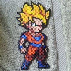 Goku DBZ perler beads by xoxjokergirlxox