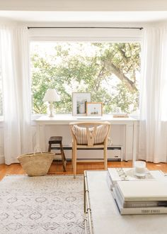Home Office, Decor, Interior Design, House Interior, Small Spaces, Home, Interior, Desks For Small Spaces, Home Decor