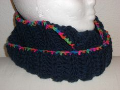 Loopschal - Schlauchschal Crochet Necklace, Etsy, Fashion, Scarves, Moda, Crochet Collar, Fashion Styles, Fasion