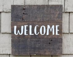 Welcome Family And Friends Pallet Sign Welcome by RusticlyInspired