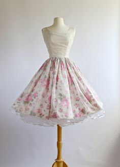 Vintage 1950s Dress ~ Vintage 50s Prom Dress ~ 1950s Party Dress with Rose Print by xtabayvintage on Etsy