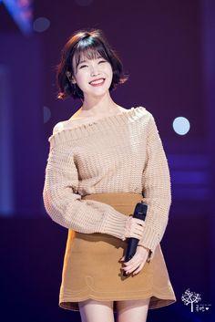 Kpop Fashion, Fashion 2017, Fashion Beauty, Fashion Outfits, Kpop Girl Groups, Kpop Girls, Korean Girl, Asian Girl, Korean Haircut