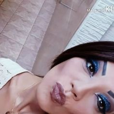 #maketop #makedehoje #estilo #wakeupandmakeup #riodejaneiro #thanksgod #youtube #universodamaquiagem_oficial #instagirl #instabeauty #amooquefaço #siga #delineado #fashion #ficalinda #glitter #goodvibes #jasmine #lovemakeup #carioca #catharinehill #vult #beautiful #batom #makeevida #rj #brasil  Se inscreva no YouTube (vídeo completo): Andresa Axt http://misstagram.com/ipost/1545167915514129009/?code=BVxighSjOpx