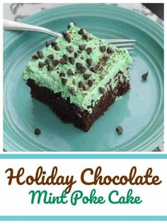 This is a delicious chocolate mint poke cake with fluffy 'phat' layer of mint green and condensed Andes Creme de Menthe filling for an amazing taste. Winter Desserts, Halloween Desserts, Fun Desserts, Dessert Recipes, Dessert Bars, Baking Recipes, Delicious Chocolate, Mint Chocolate, Chocolate Recipes