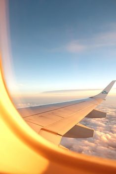 Business Class Tickets, Best Travel Credit Cards, Credit Card Points, Airline Tickets, Flight Tickets, Cheap Airlines, Air Travel, Travel Plane, Cheap Flights