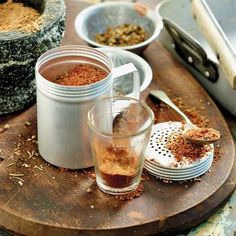 Make your own grilling, BBQ, or braai seasoning salt spice mix. South African Dishes, South African Recipes, Africa Recipes, Easy Homemade Pizza, Homemade Spices, Homemade Recipe, Braai Recipes, Cooking Recipes, African Spices