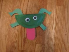 Paper Plate Frog and Lily craft