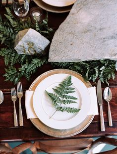place setting | organic garden wedding ideas