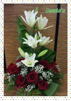 City Flowers, Altar Flowers, Church Flowers, Funeral Flowers, Funeral Flower Arrangements, Beautiful Flower Arrangements, Floral Arrangements, Beautiful Flowers, Ikebana