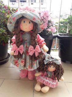Diy Doll Pattern, Doll Patterns, Lifelike Dolls, Pink Doll, Fabric Toys, Sewing Dolls, Doll Tutorial, Waldorf Dolls, Soft Dolls