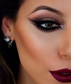 maquiagem para noivas: olhos gatinho, sombra esfumada, batom sexy