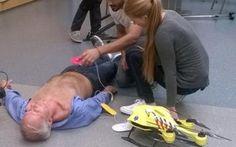 Innovazione nella Salute ecco il DRONE AMBULANZA defibrillatore in tempo di record #one #salute #ambulanza