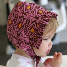 Reversible Baby Bonnet with Free Downloadable Pattern: Free pattern for an adorable baby bonnet!
