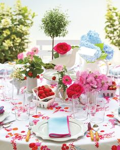 62 Top Floral Designers to Book for You Wedding - David Stark Design and Production